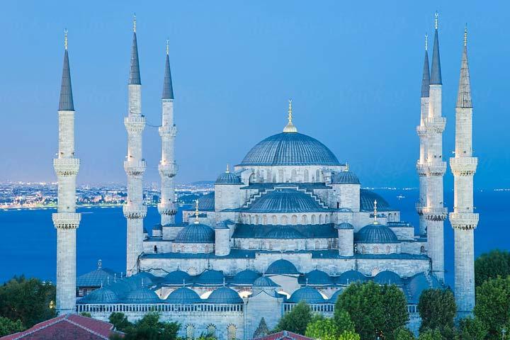 مسجد سلطان احمد ؛ معجزه ای به رنگ آبی در قلب استانبول - سفرزون