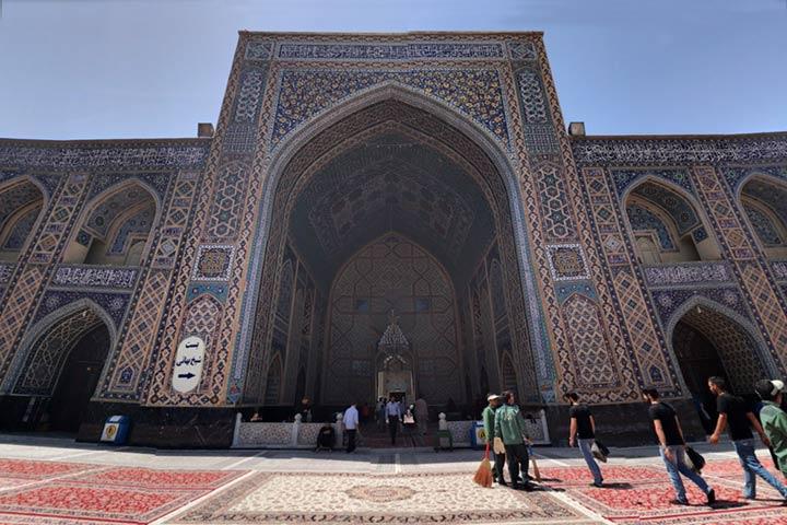 ایوان شرقی مسجد گوهرشاد