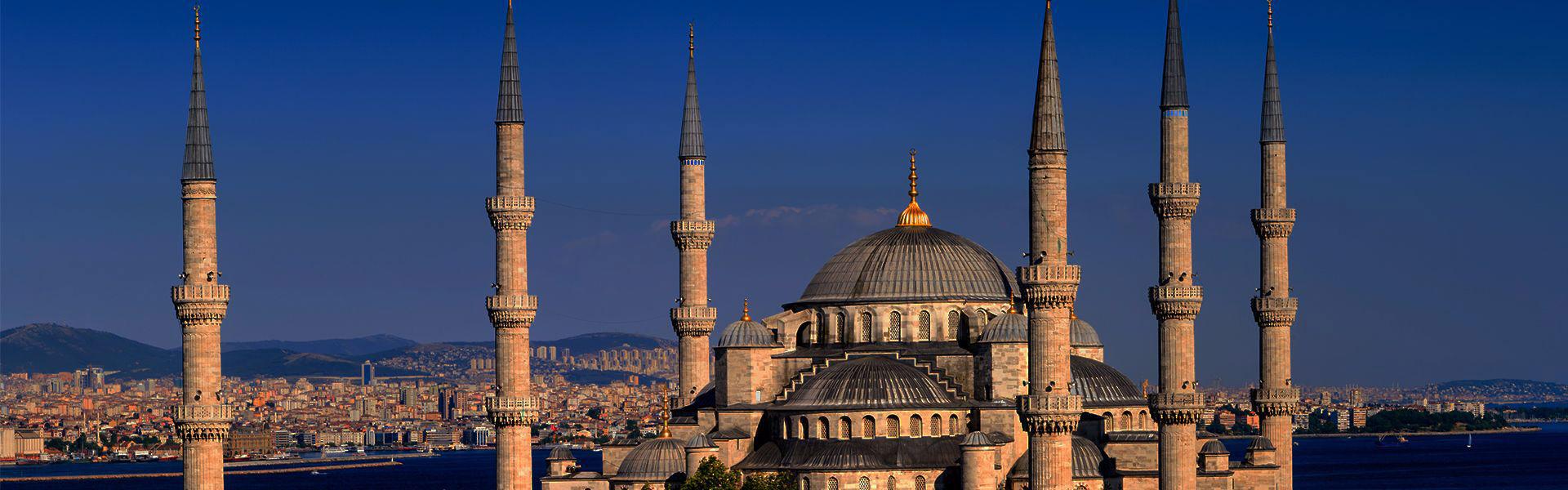 مسجد سلطان احمد ؛ معجزه ای به رنگ آبی در قلب استانبول