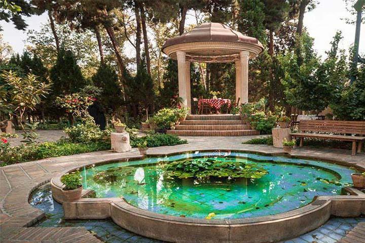 حافظیه در باغ نگارستان تهران
