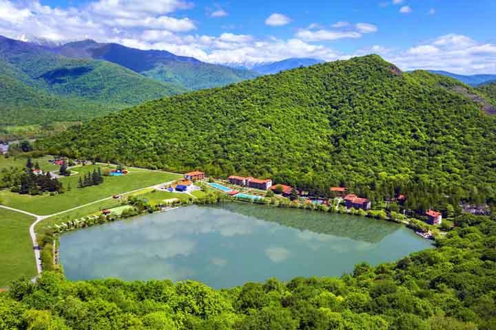 دریاچه لاک پشت | جاهای دیدنی گرجستان