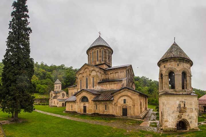 صومعه گلاتی | جاهای دیدنی گرجستان