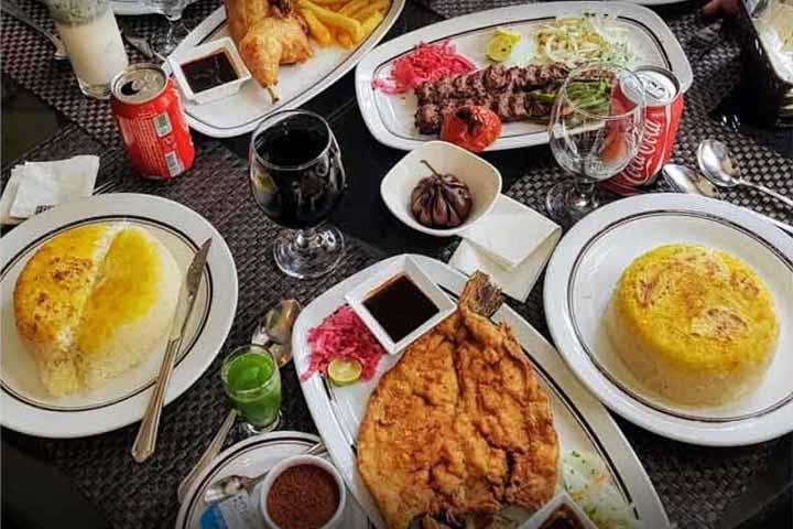 غذای رستوران رازقی
