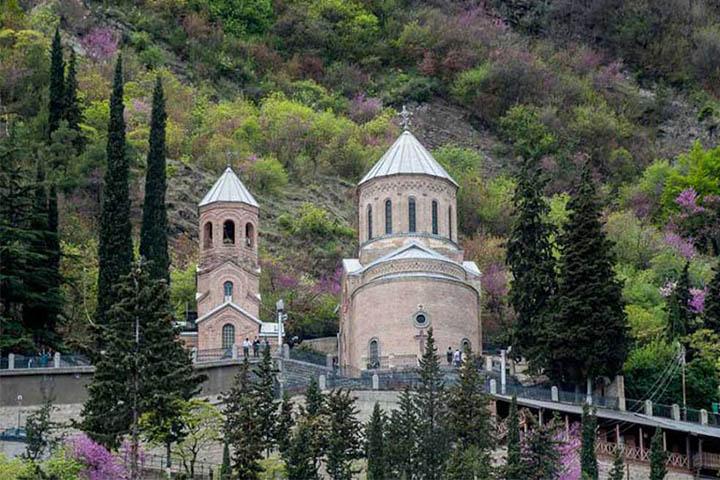معبد متاتسمیندا | جاهای دیدنی گرجستان