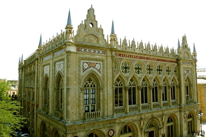 کاخ اسماعیلیه | دیدنی های باکو