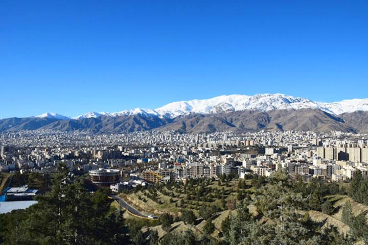 نمای شهر تهران از پارک جنگلی لویزان