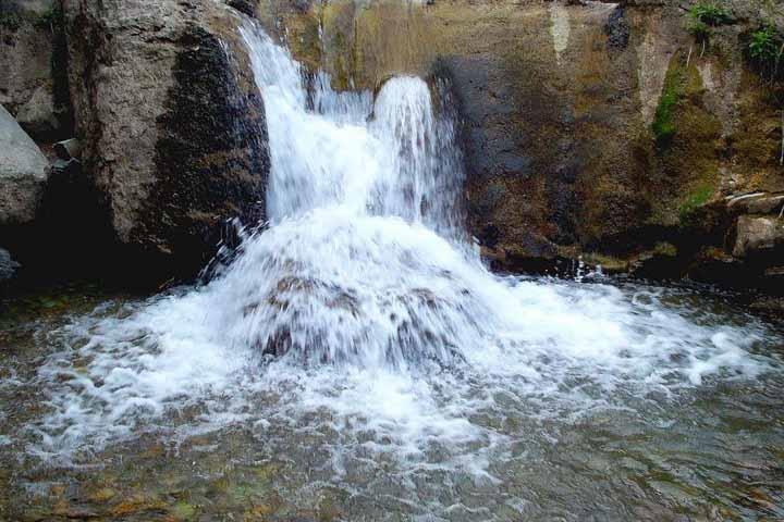 آبشارهای زیبای آهار