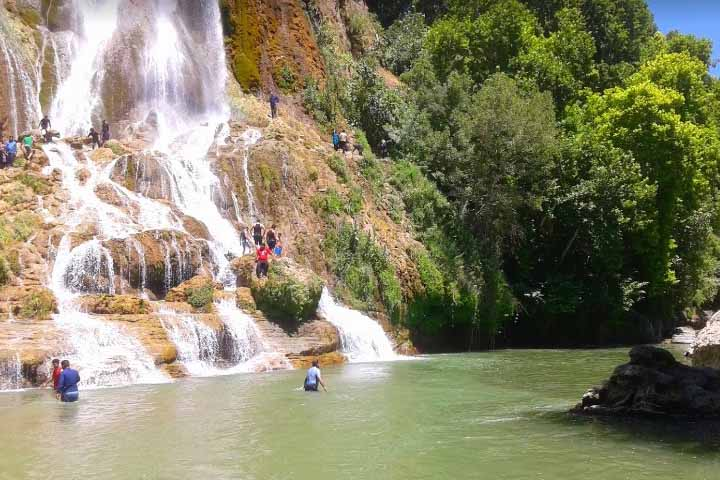 آبشار بیشه سفید