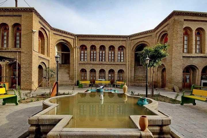 خانه تاریخی آخوند ابو | از جاهای دیدنی لرستان
