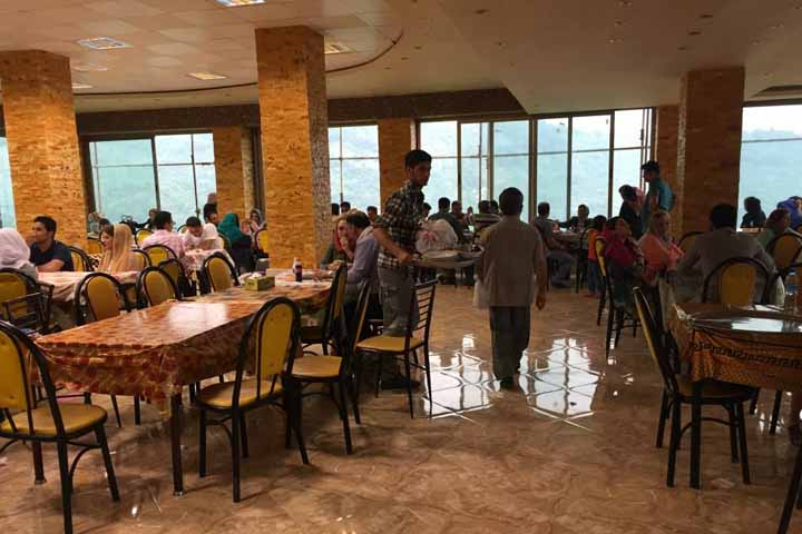 رستوران خاور خانم