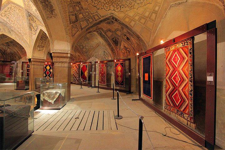 موزه فرش ایران | نقاط دیدنی تهران