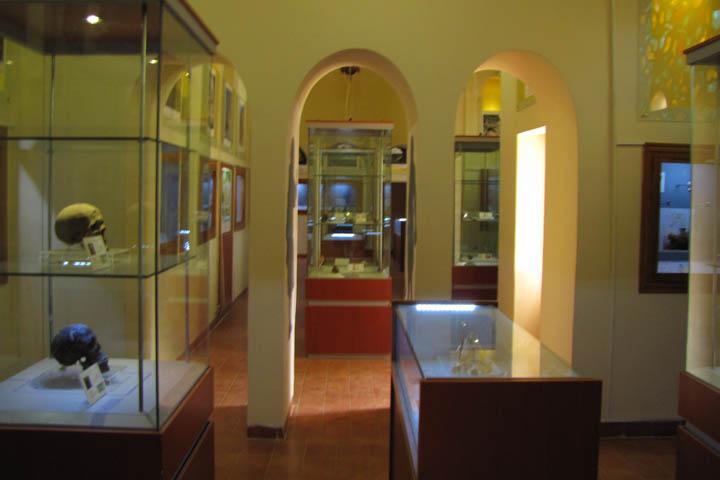 موزه پارینه سنگی