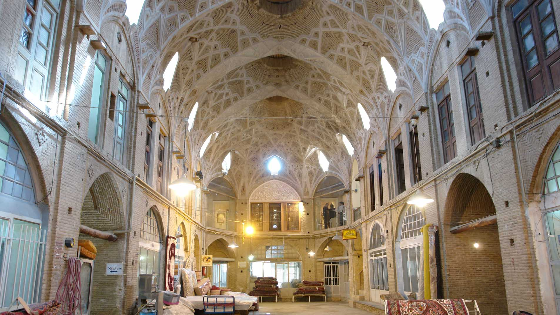مراکز خرید زنجان ، همنشینی زیبای سنت و مدرنیته