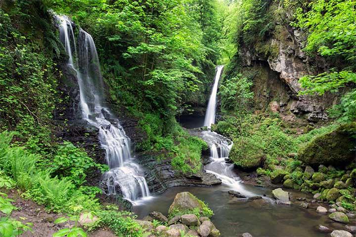آبشار زمرد | جاهای دیدنی گیلان