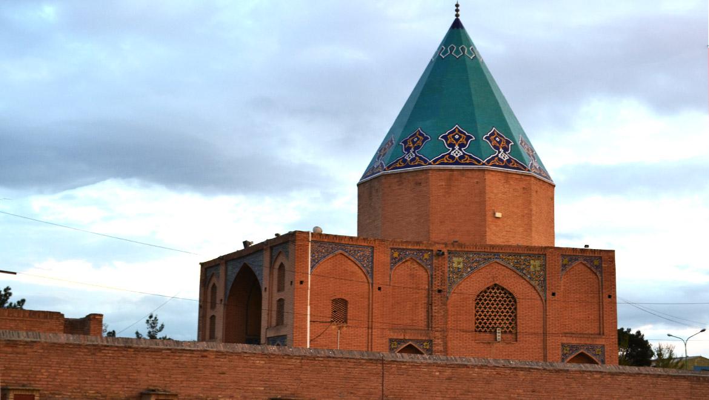 آرامگاه بابارکنالدین ؛ ممتاز در هنر معماری و خوشنویسی