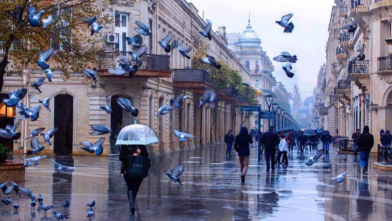 خیابان نظامی باکو ؛ پیادهروی لذتبخش با طعم خریدهای لوکس