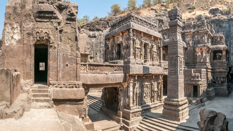 غارهای الورا ، غلبه انسان بر طبیعت در هندوستان