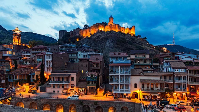 قلعه ناریکالا ، نمادی ایرانی در قلب تفلیس