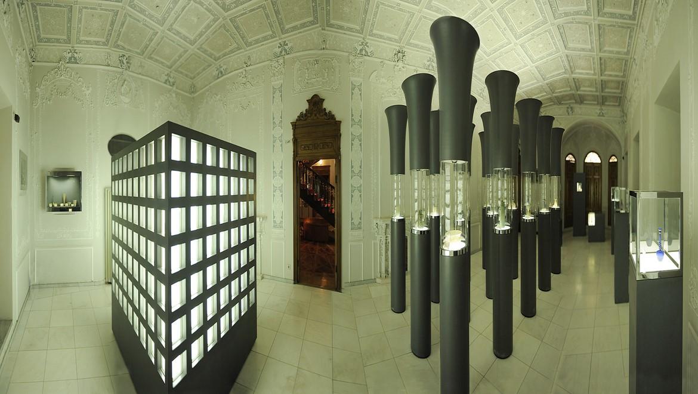 موزه آبگینه ، تاریخی به ظرافت شیشه در دل خیابان سی تیر