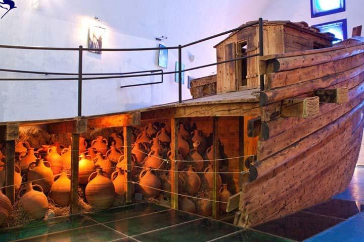 موزه باستانشناسی زیر آب