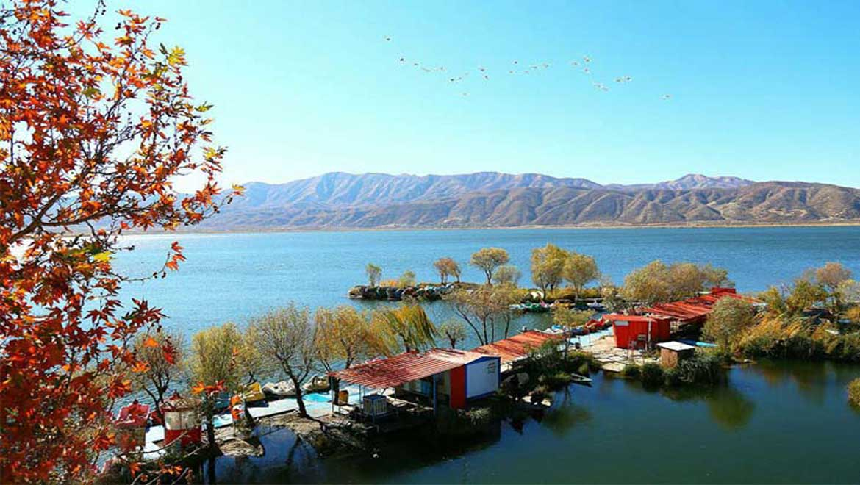 دریاچه زریوار مریوان ؛ زمردی درخشان در غرب ایران