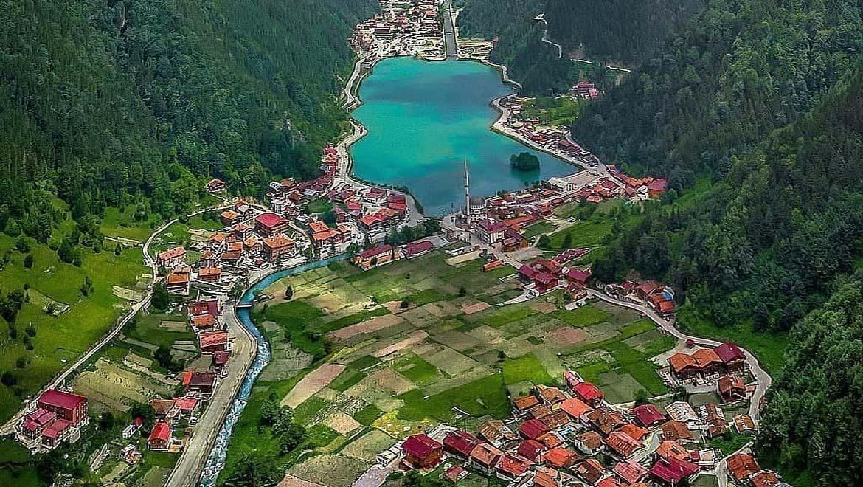 دریاچه اوزون گل ترابزون ، جاذبهای مسحورکننده از طبیعت بهشتی ترکیه