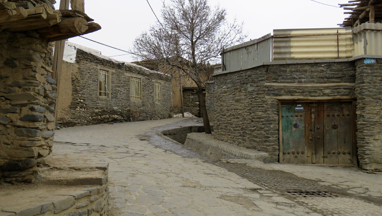 روستای ورکانه همدان ؛ تجربهای جذاب از سفر به کوچههای رنسانس اروپا