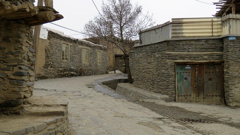 کاور روستای ورکانه همدان