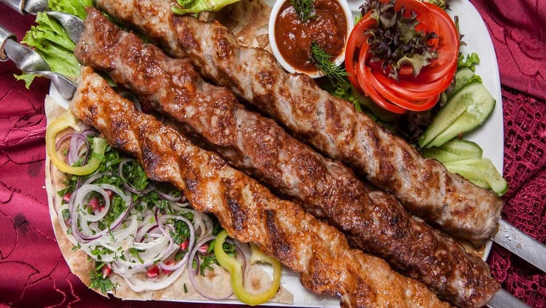 رستوران های لرستان ، شکم گردی و چشیدن طعم غذاهای سنتی با خیال آسوده