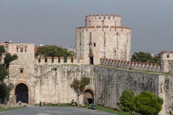 قلعه یدیکوله | جاهای دیدنی استانبول