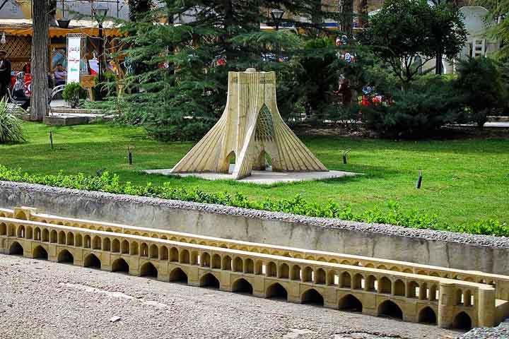 ماکتهای باغ موزه هنر