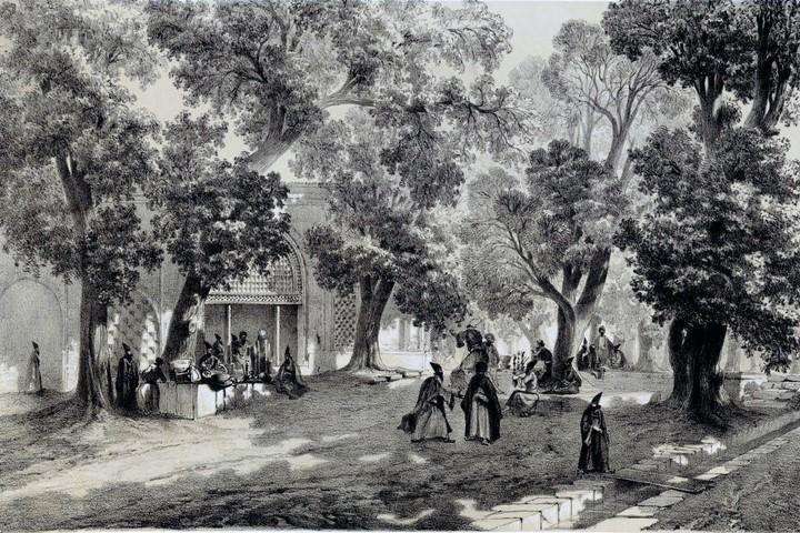 خیابان چهار باغ اصفهان ، یادگاری از دوران شاه عباس اول