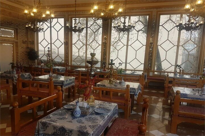 رستوران باربد