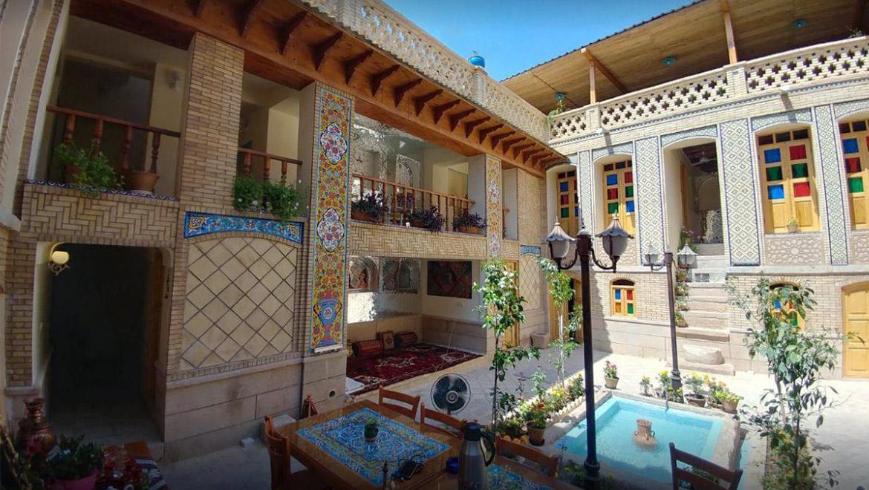 سرای همایونی شیراز ؛ اقامتگاهی دلانگیز در قلب شهر بهارنارنج