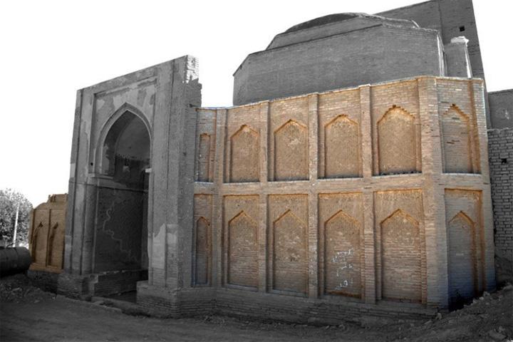 سردر ورودی مسجد جامع فرومد