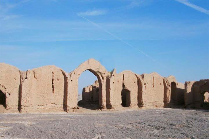 عمارت تاریخی سنمبر | جاهای دیدنی مهریز