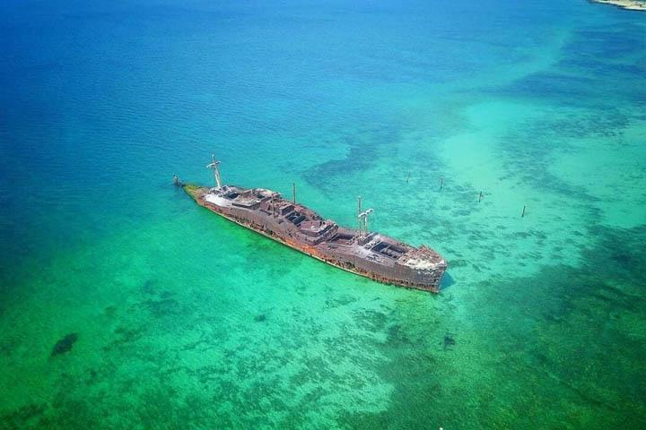 غواصی در کشتی یونانی