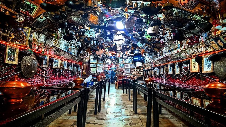 قهوه خانه چاه حاج میرزا ، نوشیدن جرعهای چای در قدیمیترین قهوه خانه اصفهان