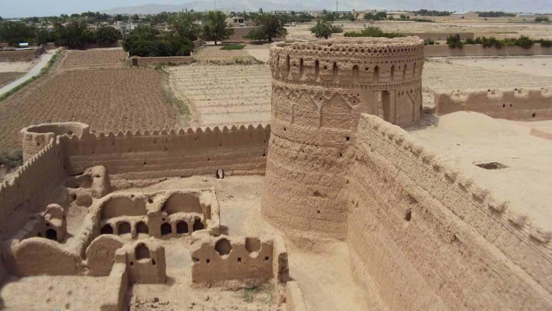 جاهای دیدنی مهریز ؛ شهر ۱۶۰۰ ساله