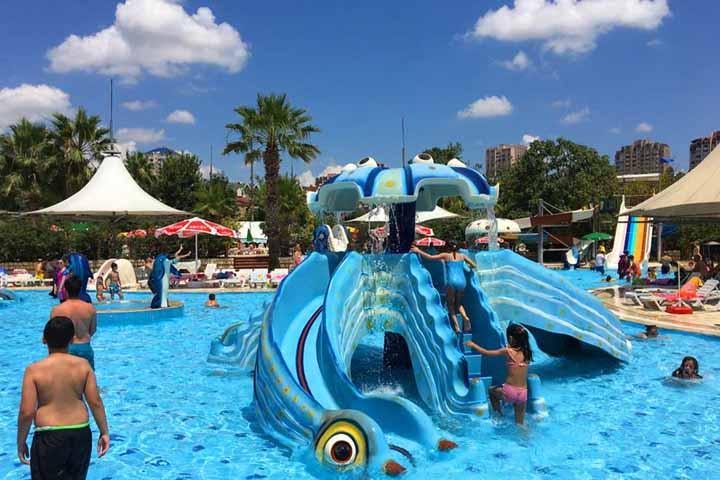 پارک آبی کلاب دلفین | پارک آبی استانبول