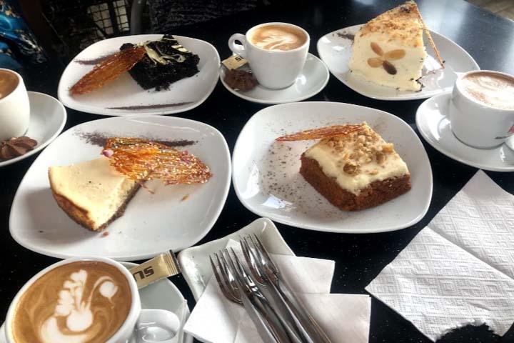 کافه رستا