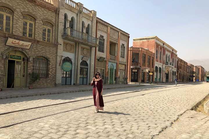 خیابان لالهزار شهرک سینمایی