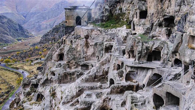 واردزیا گرجستان ، شهر سنگی در دل کوه