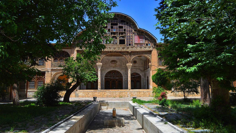 عمارت مشیر دیوان ، عمارتی با معماری کلاسیک ایرانی