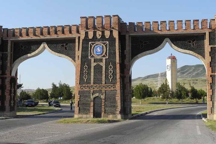 دروازه ورود به شکی