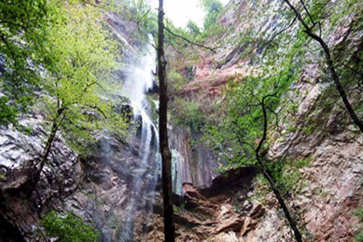 آبشار ازارک