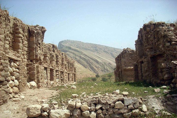 عمارت بنهوار | دیدنی های مسجد سلیمان