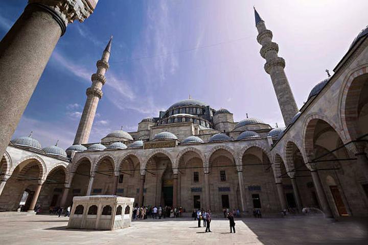 مسجد مهری ماه سلطان | مساجد استانبول