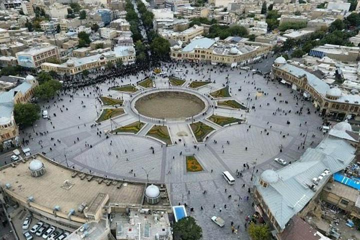 میدان امام همدان