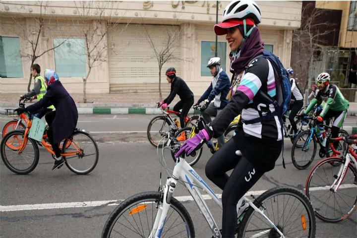 دوچرخه سواری در تهران | بهترین پیست های دوچرخه سواری + آدرس و امکانات
